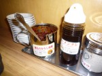 秘伝のからし味噌とラーメンタレ